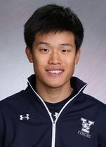 Skyler Chin Yale fencing